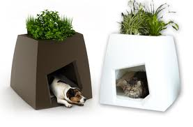 Amazing Idea To Use Decorative Planters For Distinctive Look Of Your Garden